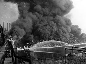 Cuyahoga River Fire. Nov. 3, 1952. (Cleveland Press Collection. Cleveland State University Library).